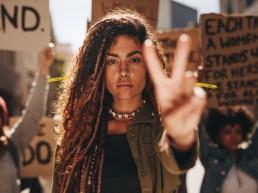woman, protest, fight, light vechten