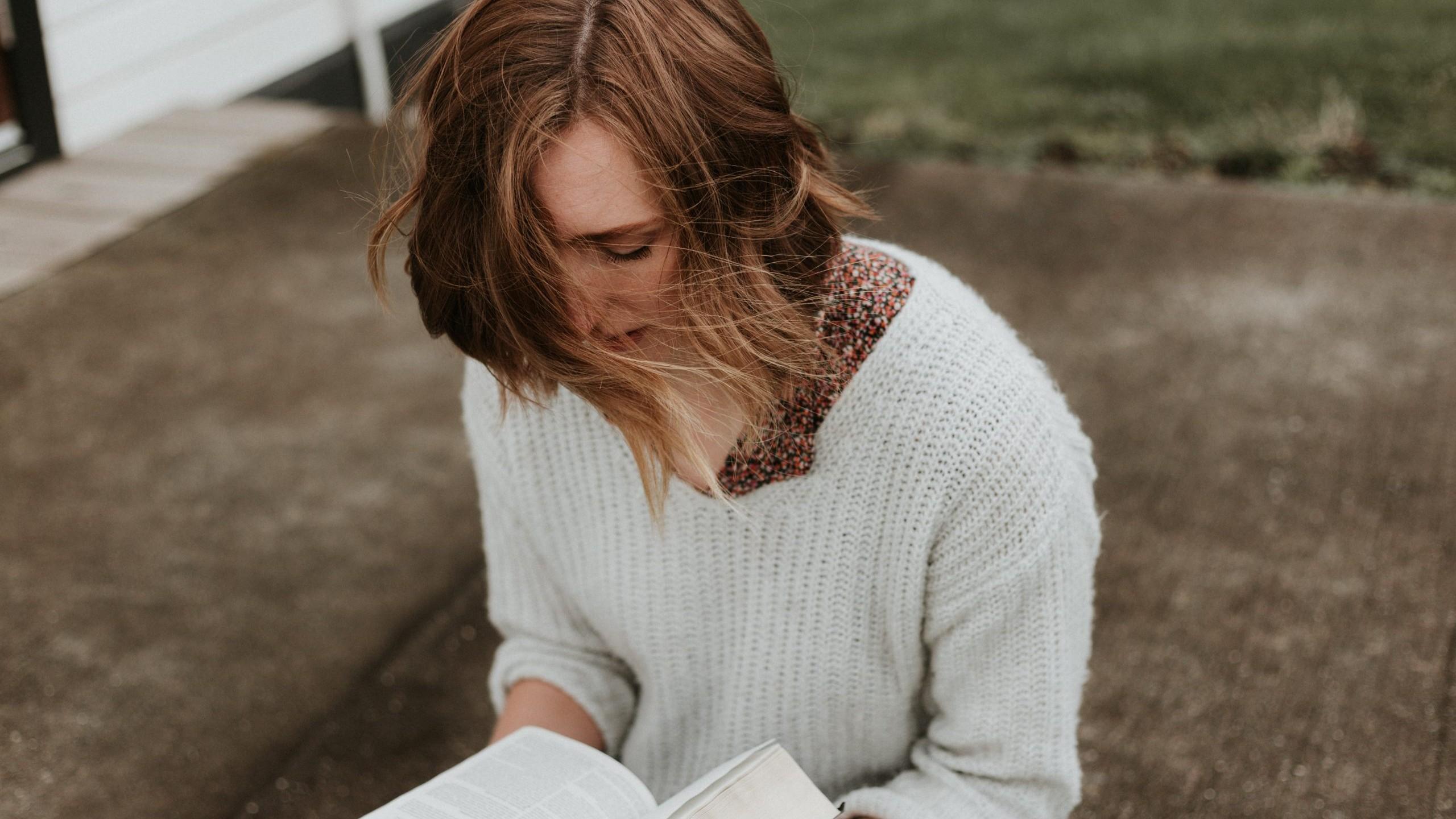 lume, vrouw, bijbel