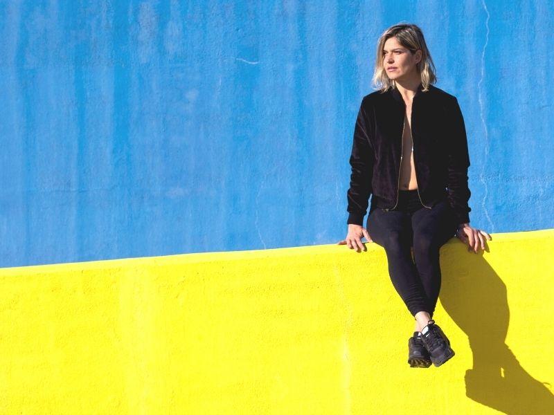 vrouw, lume, geel, wachten, tijd, plan, jouwplan